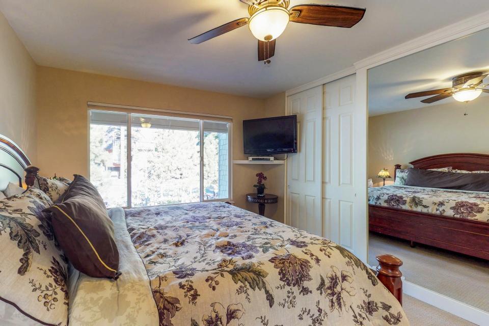Cedars West  - Incline Village Vacation Rental - Photo 15
