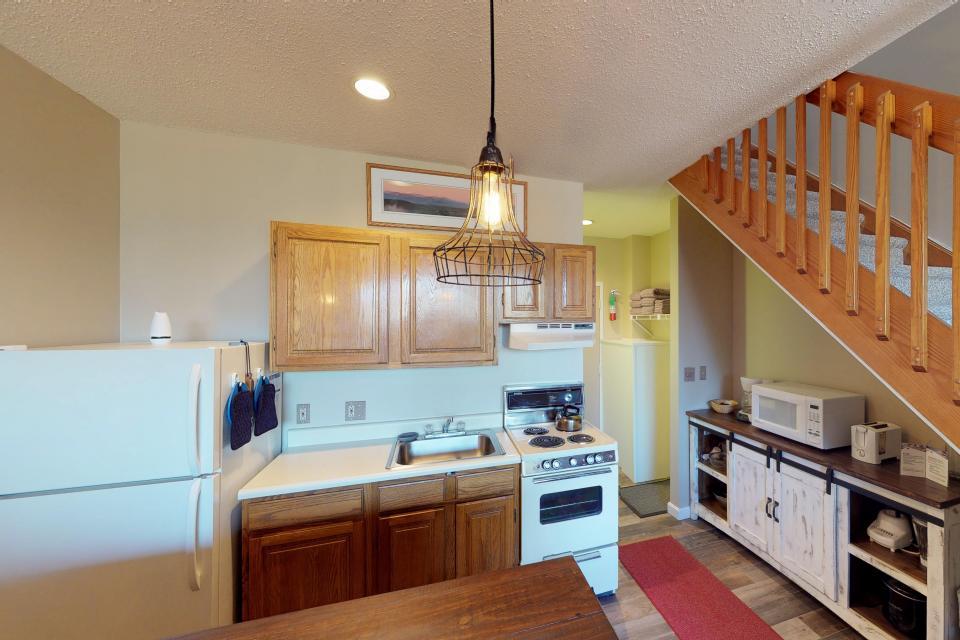Dream Maker Loft  - Newry Vacation Rental - Photo 19