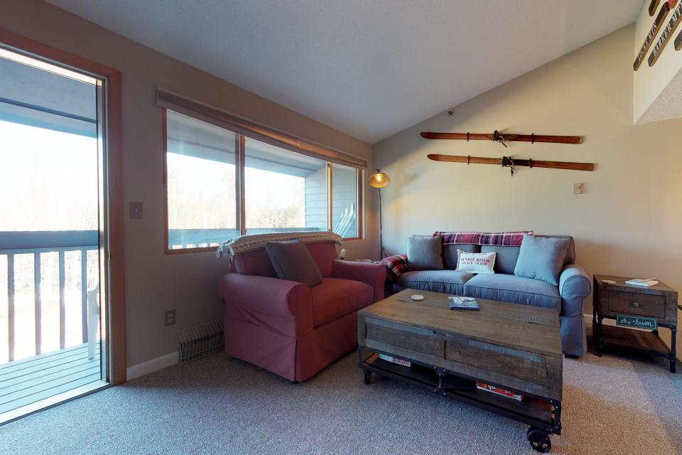 Dream Maker Loft  - Newry Vacation Rental - Photo 14