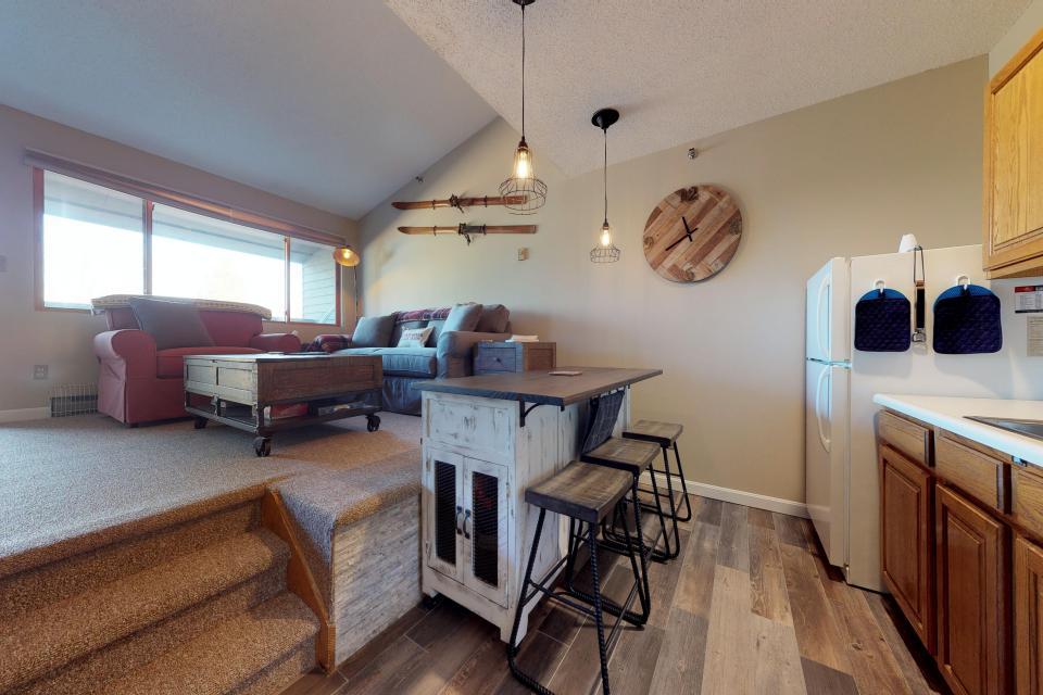 Dream Maker Loft  - Newry Vacation Rental - Photo 10