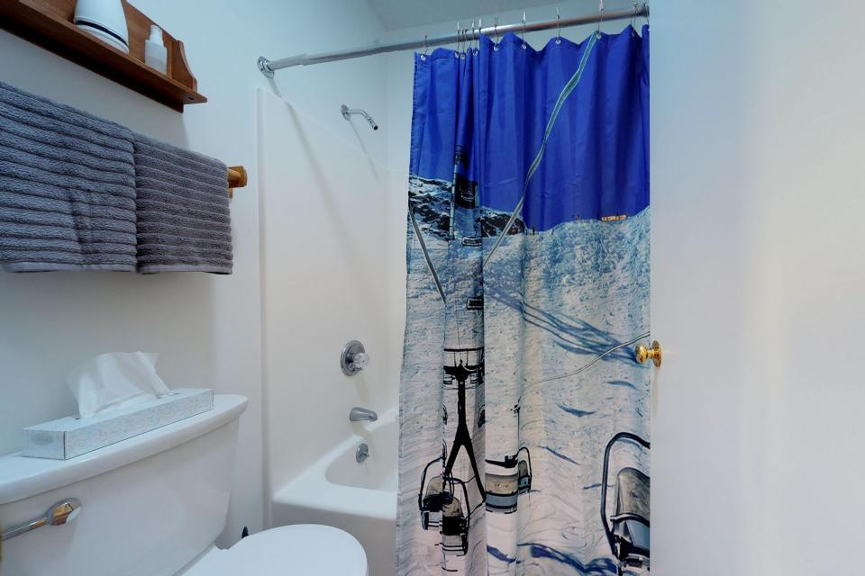 Dream Maker Loft  - Newry Vacation Rental - Photo 11