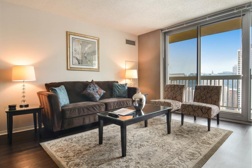 Down on State Street - Chicago Vacation Rental - Photo 5