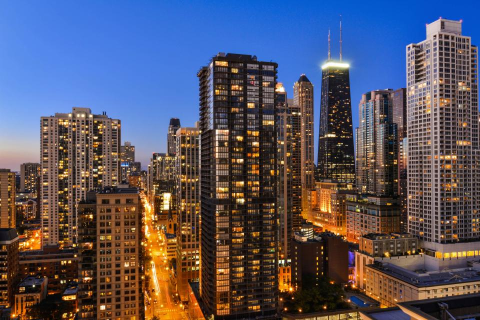 Down on State Street - Chicago Vacation Rental - Photo 44