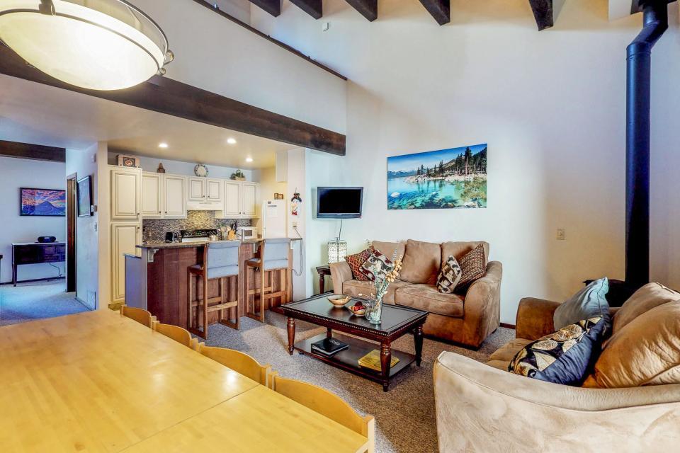 Kings Beach Retreat-Kingswood Village #140 - Kings Beach Vacation Rental - Photo 6