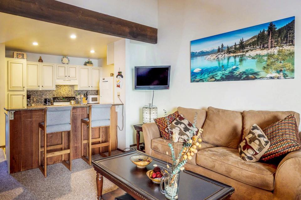 Kings Beach Retreat-Kingswood Village #140 - Kings Beach Vacation Rental - Photo 8