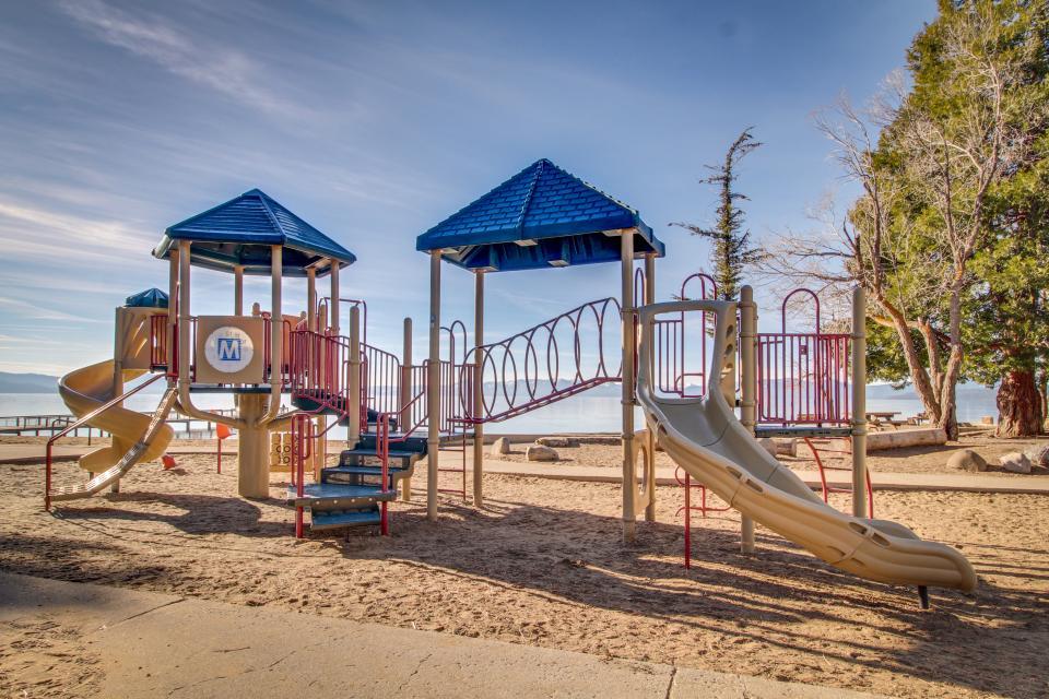 Kings Beach Retreat-Kingswood Village #140 - Kings Beach Vacation Rental - Photo 28