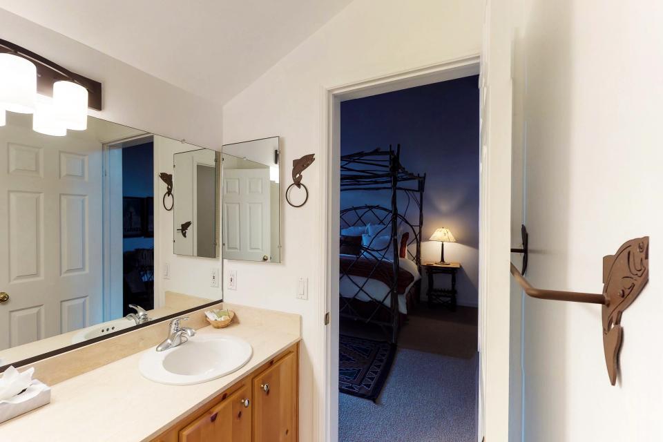 Interlaken Condominium #22 - June Lake Vacation Rental - Photo 21