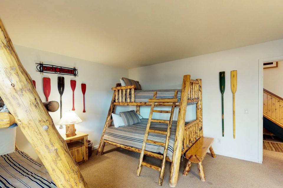 Interlaken Condominium #22 - June Lake Vacation Rental - Photo 35
