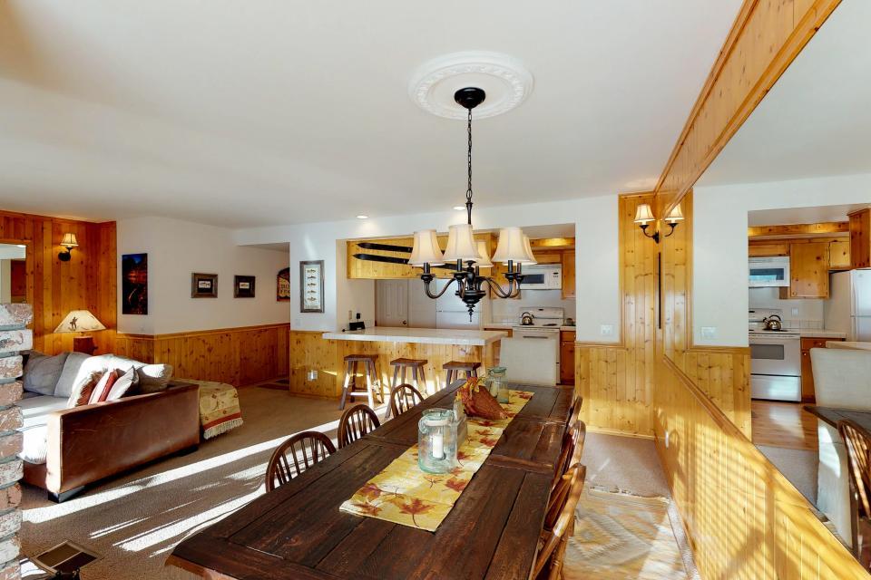 Interlaken Condominium #22 - June Lake Vacation Rental - Photo 13
