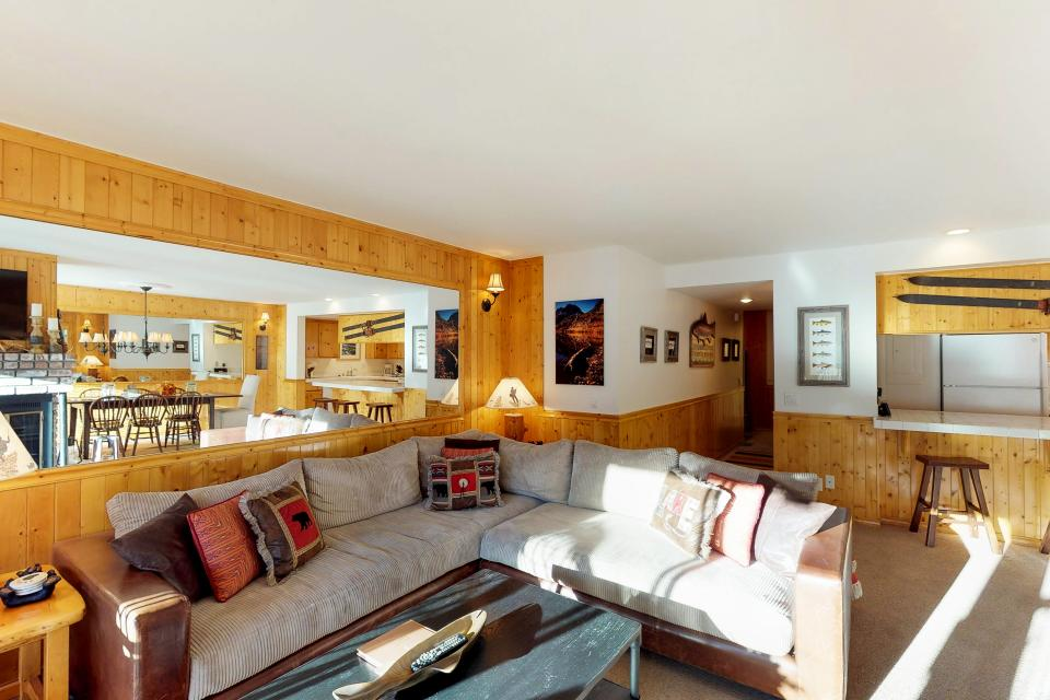 Interlaken Condominium #22 - June Lake Vacation Rental - Photo 5