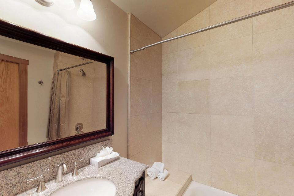 Silver Meadow House - June Lake Vacation Rental - Photo 20