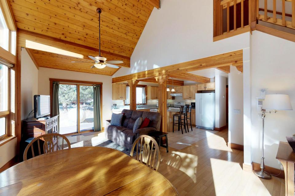 Silver Meadow House - June Lake Vacation Rental - Photo 11