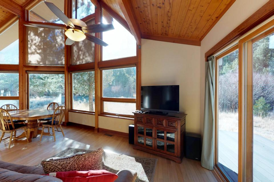 Silver Meadow House - June Lake Vacation Rental - Photo 6