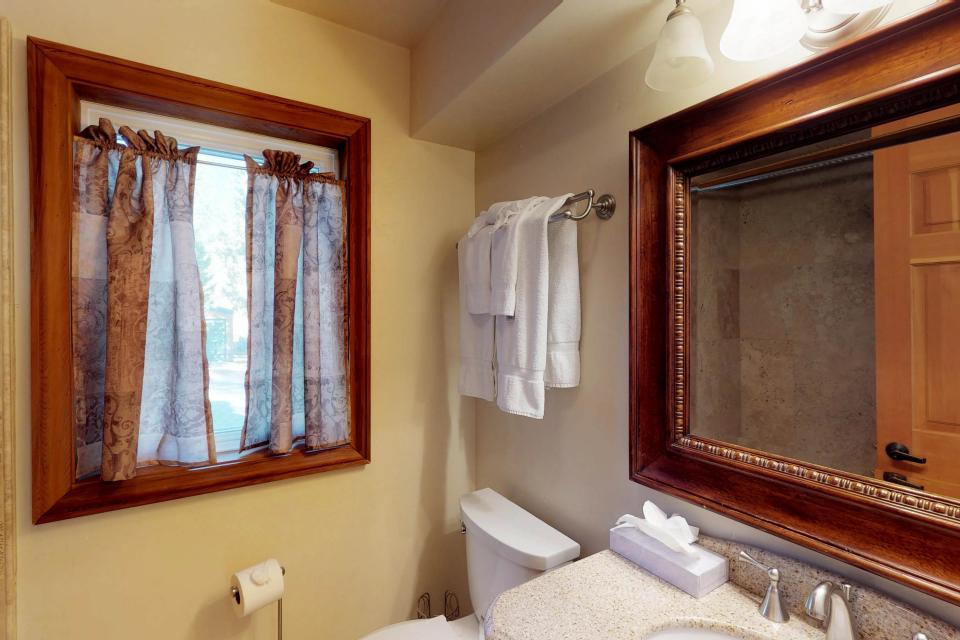 Silver Meadow House - June Lake Vacation Rental - Photo 21