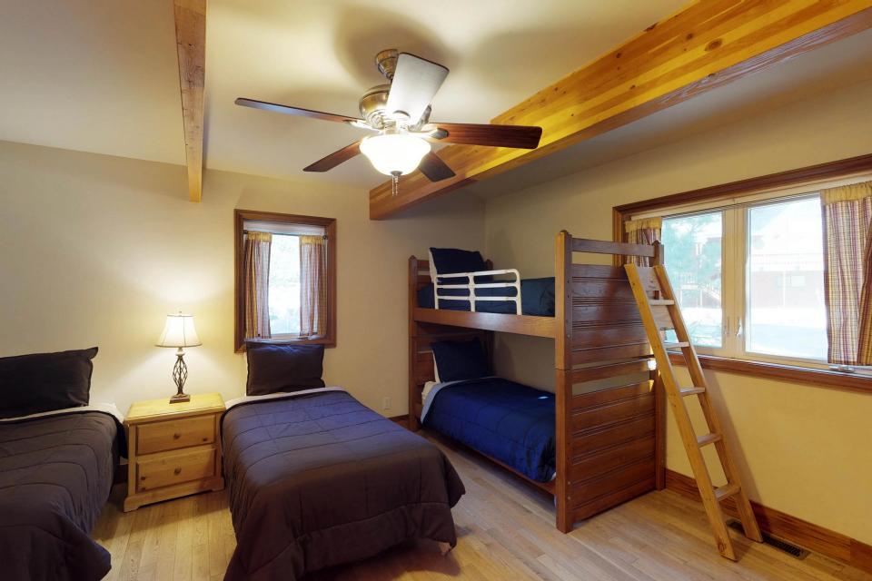Silver Meadow House - June Lake Vacation Rental - Photo 23
