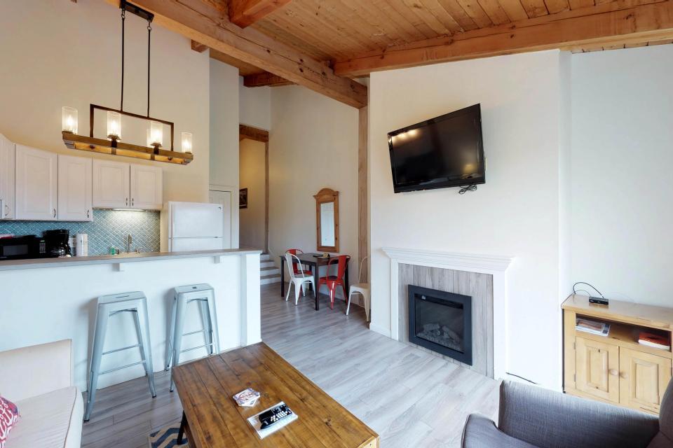 Island Inn - 46G - Oak Bluffs Vacation Rental - Photo 5