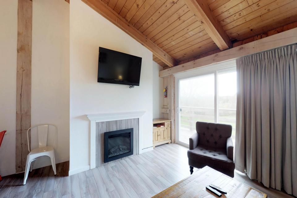 Island Inn - 46G - Oak Bluffs Vacation Rental - Photo 12
