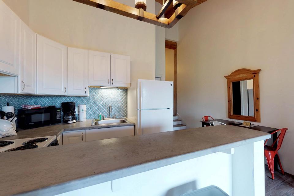Island Inn - 46G - Oak Bluffs Vacation Rental - Photo 8
