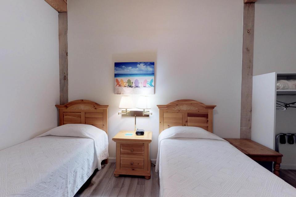 Island Inn - 46G - Oak Bluffs Vacation Rental - Photo 23