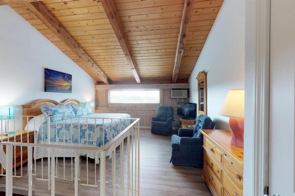Island Inn - 46G - Oak Bluffs Vacation Rental - Photo 20
