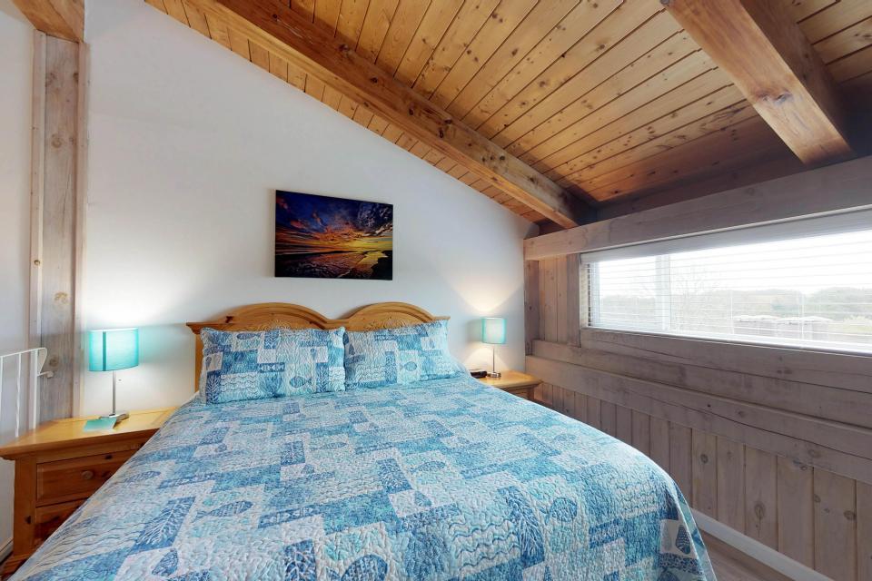 Island Inn - 46G - Oak Bluffs Vacation Rental - Photo 17