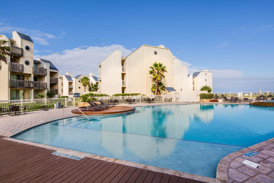 Solare Tower 1002A - South Padre Island Vacation Rental - Photo 16
