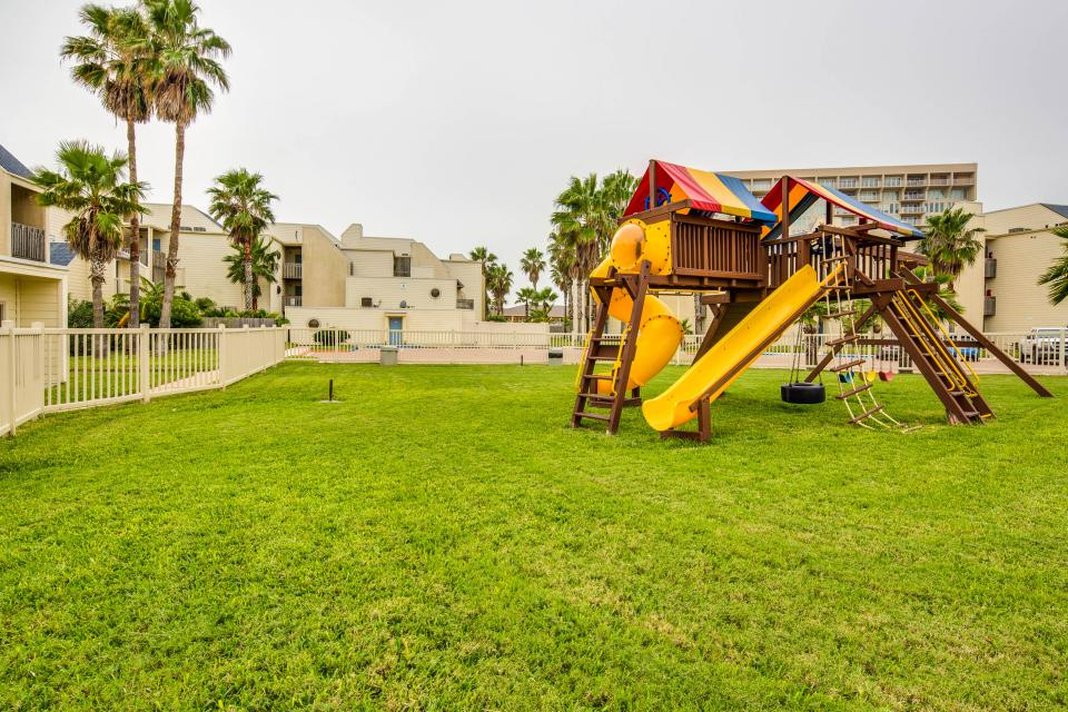 Solare Tower 1002A - South Padre Island Vacation Rental - Photo 17