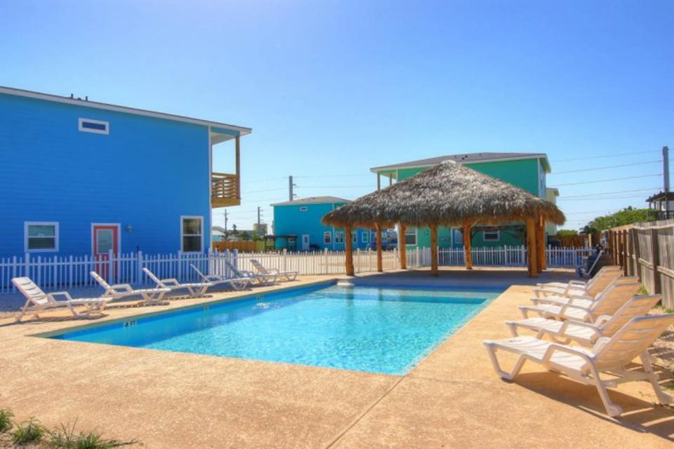 High Tides and Good Vibes in Gulf Village - Port Aransas Vacation Rental - Photo 26