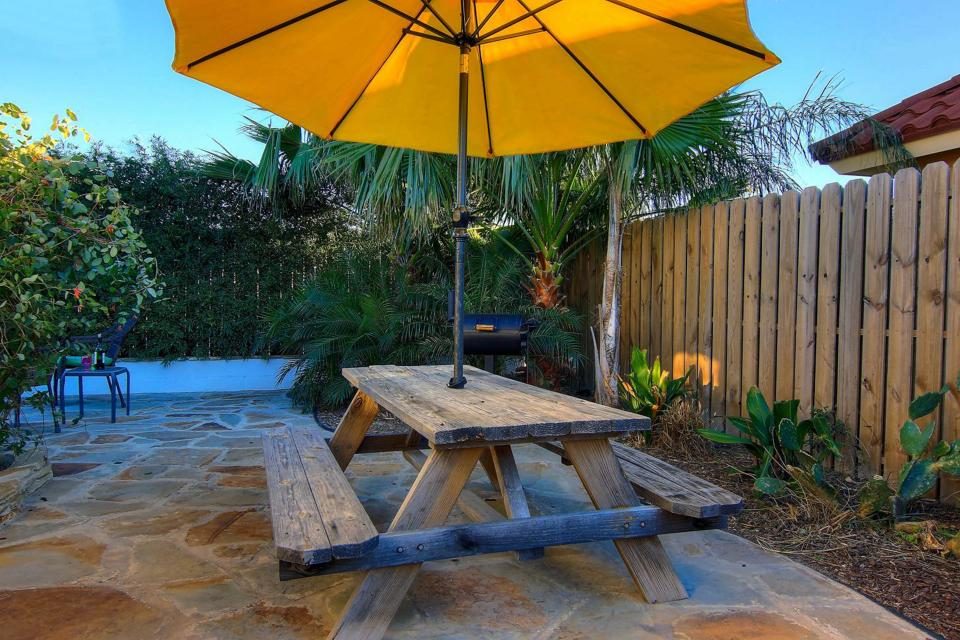 Another Day in Paradise - Spanish Village #20 - Port Aransas Vacation Rental - Photo 2