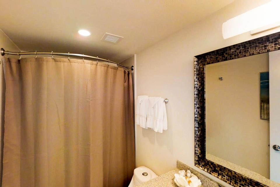 Solare Tower 1002A - South Padre Island Vacation Rental - Photo 20