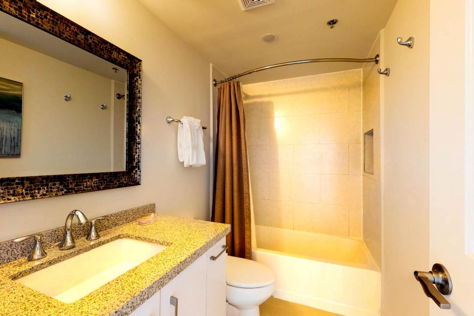 Solare Tower 906 - South Padre Island Vacation Rental - Photo 25