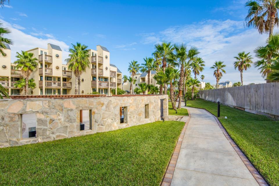 Solare Garden Villa 885 - South Padre Island Vacation Rental - Photo 31