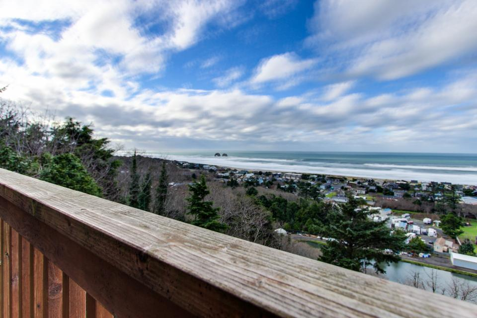 Stairway to Heaven - Rockaway Beach Vacation Rental - Photo 29