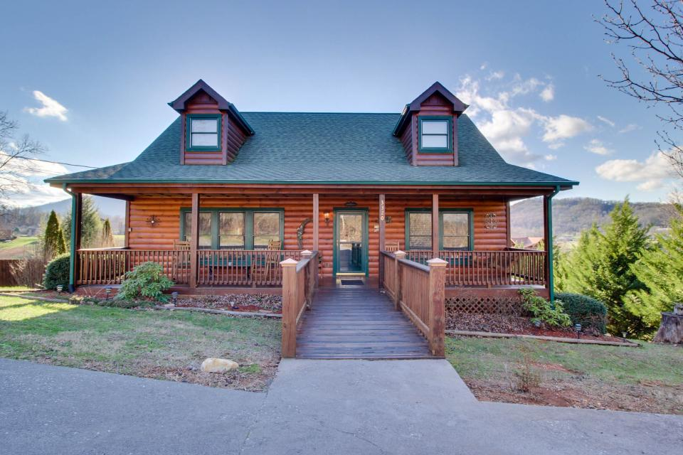 Amazing Grace Cabin - Sevierville Vacation Rental - Photo 27