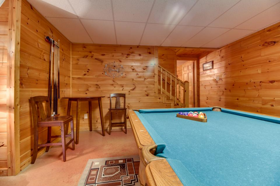 Amazing Grace Cabin - Sevierville Vacation Rental - Photo 15