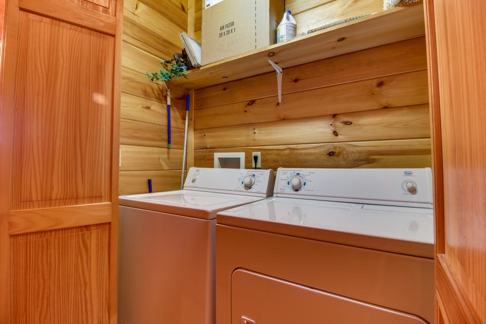 Amazing Grace Cabin - Sevierville Vacation Rental - Photo 25