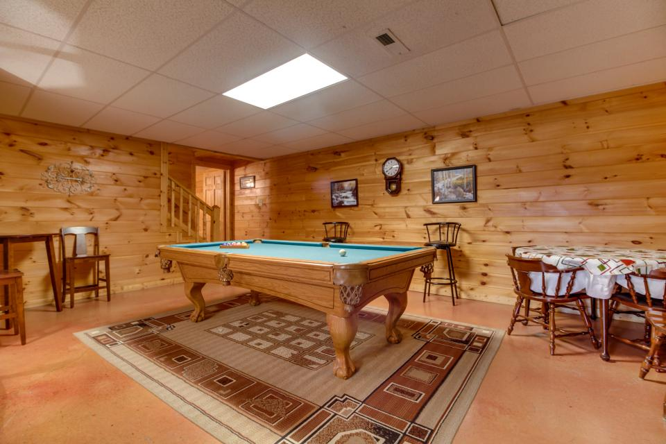 Amazing Grace Cabin - Sevierville Vacation Rental - Photo 36