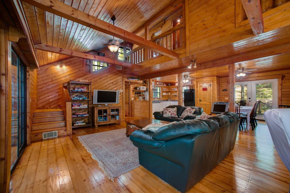 At Last Cabin - Ellijay Vacation Rental - Photo 5