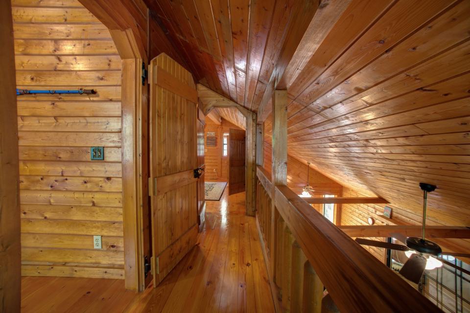 At Last Cabin - Ellijay Vacation Rental - Photo 17