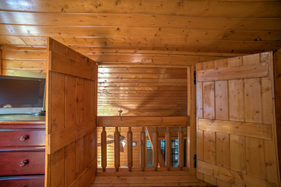 At Last Cabin - Ellijay Vacation Rental - Photo 12