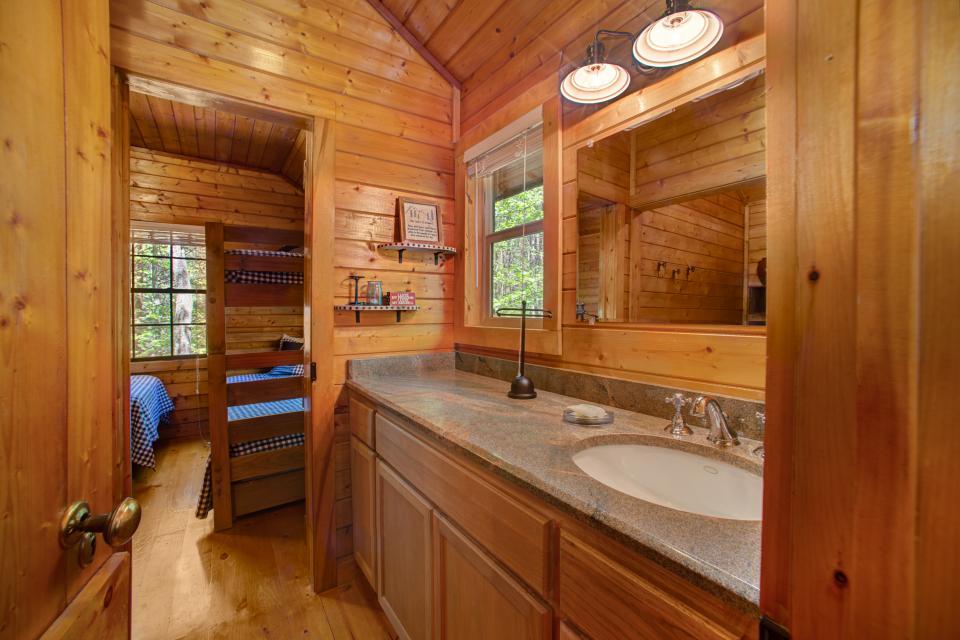 At Last Cabin - Ellijay Vacation Rental - Photo 15