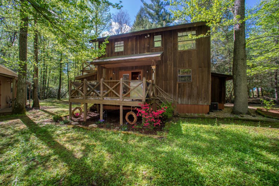 At Last Cabin - Ellijay Vacation Rental - Photo 48