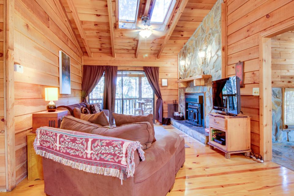Birch Tree Cabin - Ellijay Vacation Rental - Photo 6