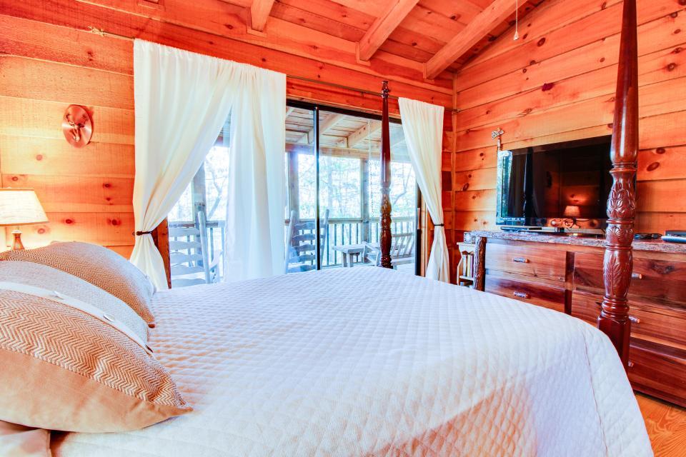 Birch Tree Cabin - Ellijay Vacation Rental - Photo 17