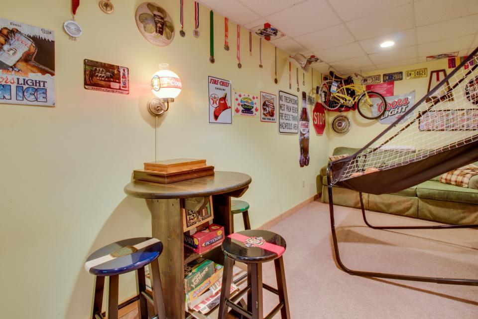 Bucky and Doe Doe's Place - Ellijay Vacation Rental - Photo 45