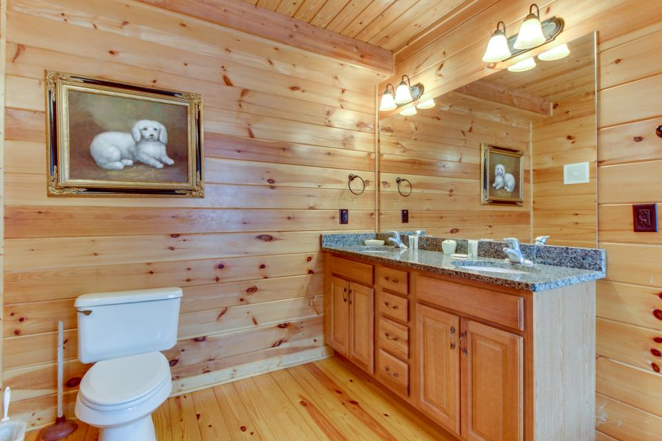 Cherokee Overlook Cabin - Chatsworth Vacation Rental - Photo 33