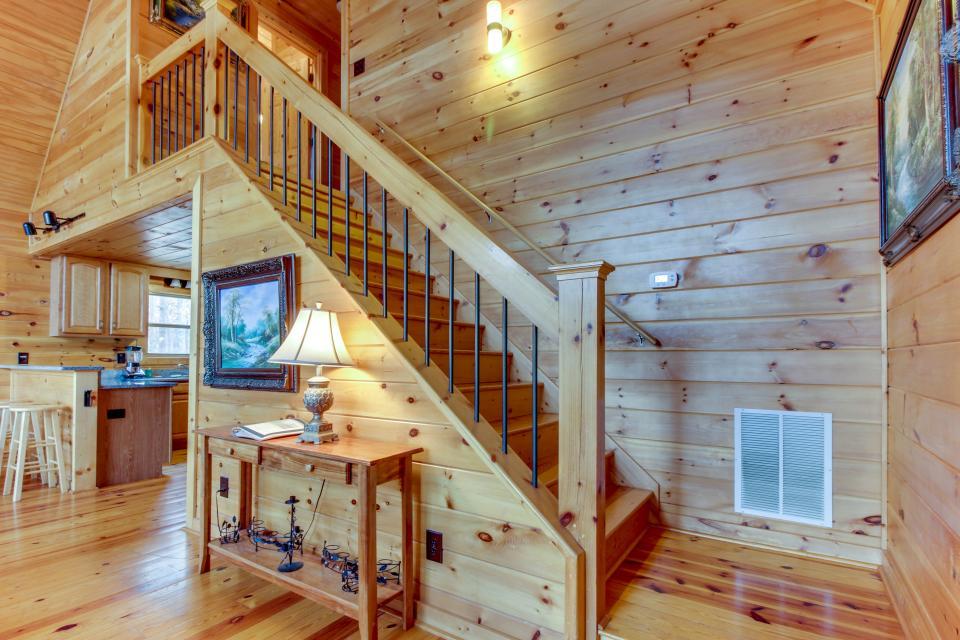 Cherokee Overlook Cabin - Chatsworth Vacation Rental - Photo 31