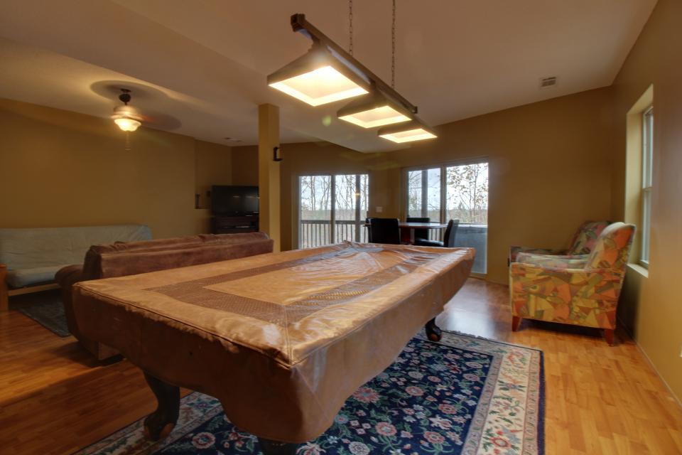 Cherokee Overlook Cabin - Chatsworth Vacation Rental - Photo 13