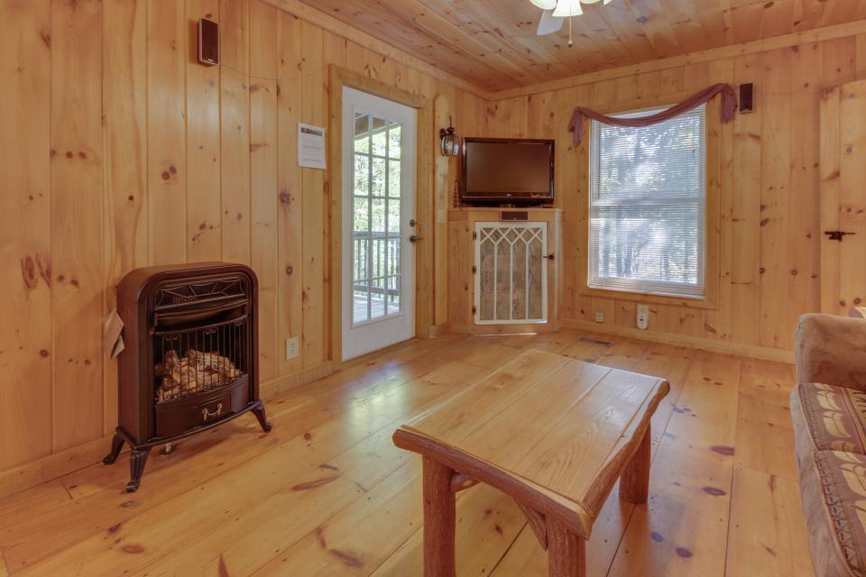 Cherokee Point Cabin - Ellijay Vacation Rental - Photo 33