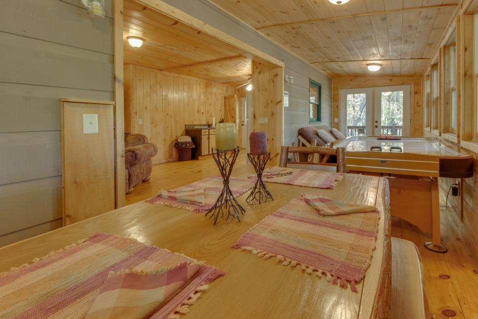Cherokee Point Cabin - Ellijay Vacation Rental - Photo 35